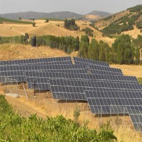 400KW-in-Athens-Greece-20111-480x480 Instalación de Paneles Solares
