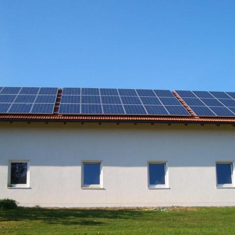 PA-Neustift-480x480 Instalación de Paneles Solares