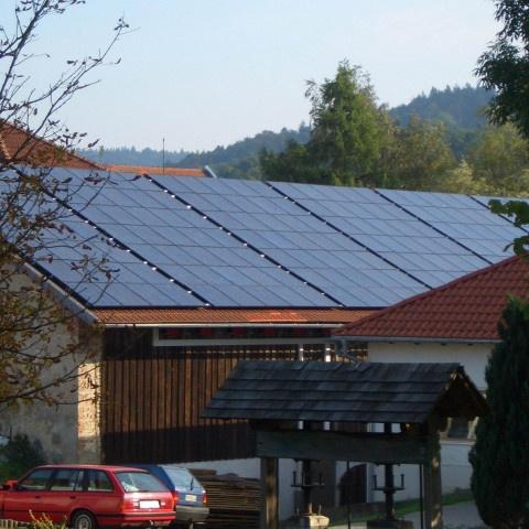 Pfaffenreut-480x480 Instalación de Paneles Solares